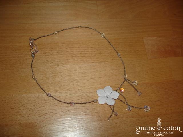 Au fil perlé - Tour du cou (collier) Passionata