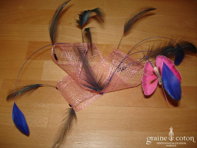 Création Alexia de Paris - Bibi en abaca, papillon et plumes rose et bleu