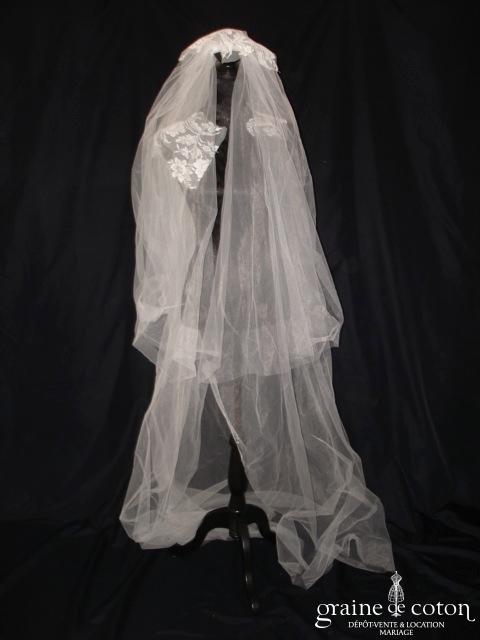 Voile long en tulle ivoire clair avec guipure de dentelle à poser