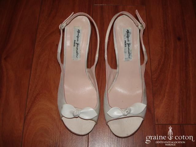 Monique Germain - Sandales (chaussures) en soie ivoire