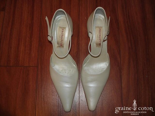 Pronuptia - Escarpins (chaussures) ivoire avec lanières