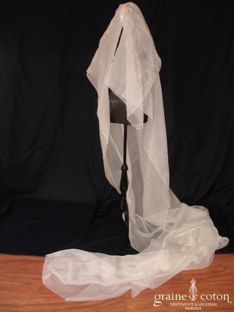 Création - Voile long de 3 mètres en organza de soie ivoire