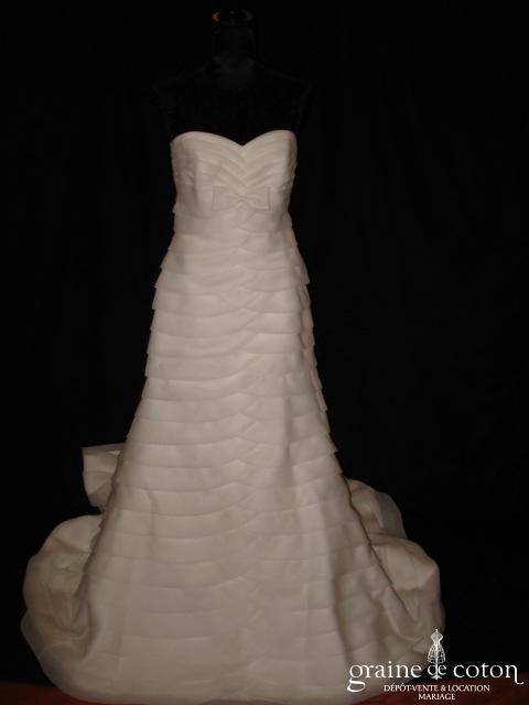 Pronovias - Marcela (organza taille empire sirène bandes horizontales)