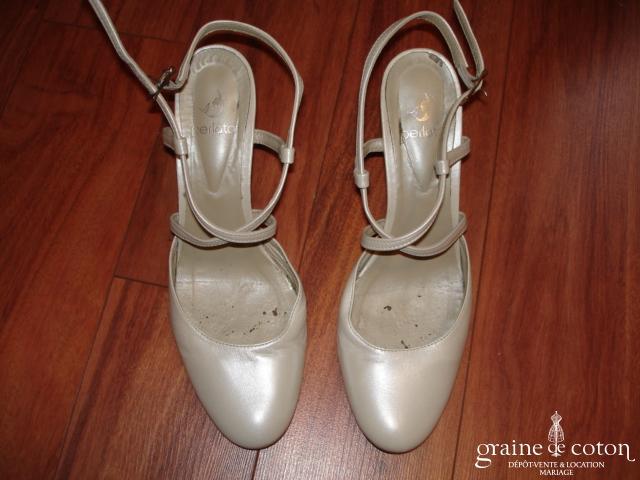 Pergola - Escarpins (chaussures) en cuir ivoire nacré
