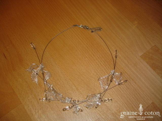 Pronovias - Tour de cou (collier) perles et dentelle montées sur fil câblé