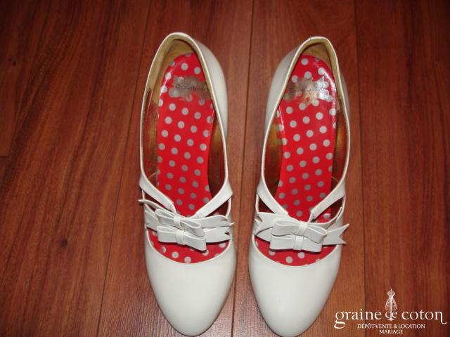 Christian Lacroix - Escarpins (chaussures) Chic (cuir blanc vernis)