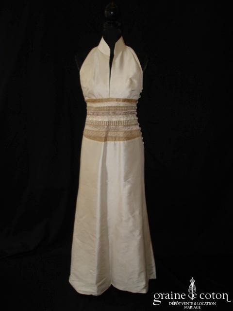 Julien Thomas - Robe une pièce en soie sauvage ivoire et dorée (tour cou col mao)