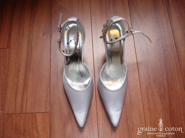 Ilona Rose - Escarpins (chaussures) en satin blanc MM23
