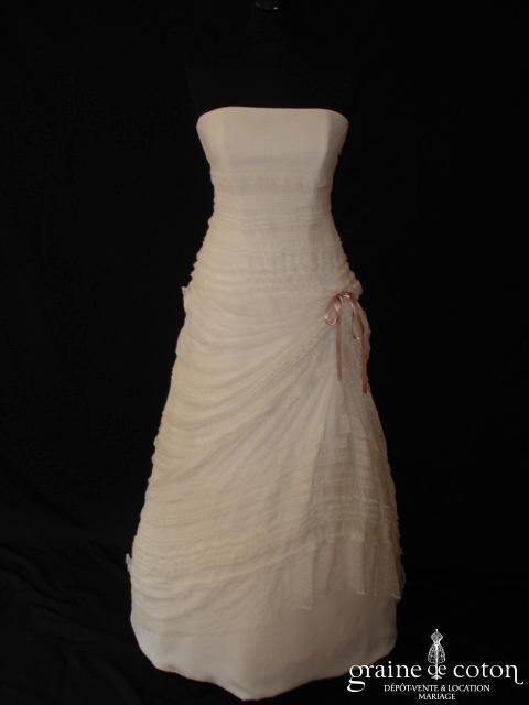 Pronuptia - Apparition (dentelle de Calais mousseline de soie plissée V empire)