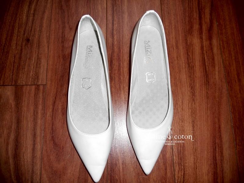 Mizia - Escarpins (chaussures) en cuir blanc