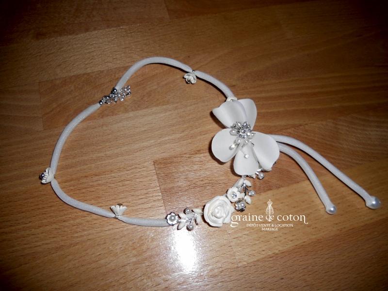 Matrimonia - Tour de cou (collier) fleurs ivoire et blanc
