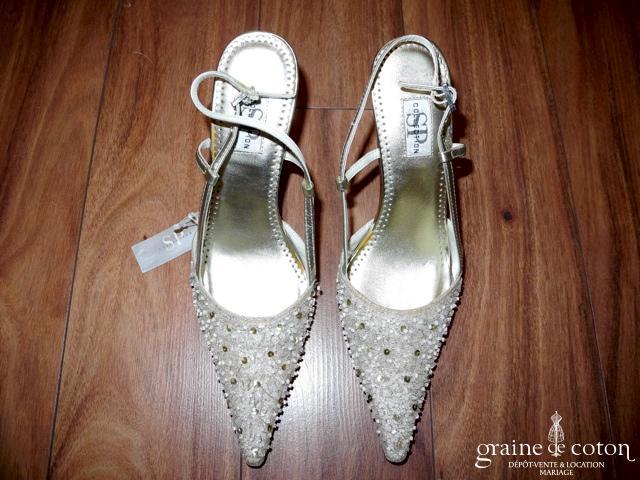 La Sposa (Pronovias) - Escarpins (chaussures) en tissu et cuir champagne et perles