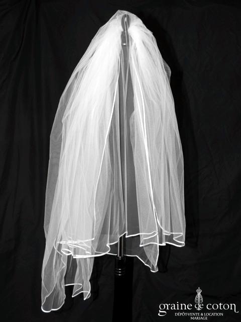 Voile mi long (aux cuisses) en tulle ivoire bordé d'un biais de satin (W14)