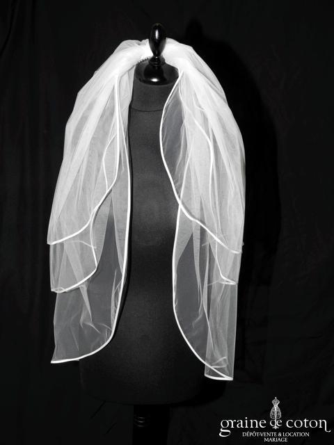 Voile mi long avec 3 rabats de tulle ivoire bordé de biais de satin (W20)