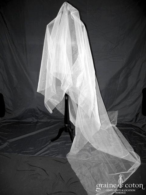 Nathalie Durieux - Voile long de 2,50 mètres en tulle ivoire