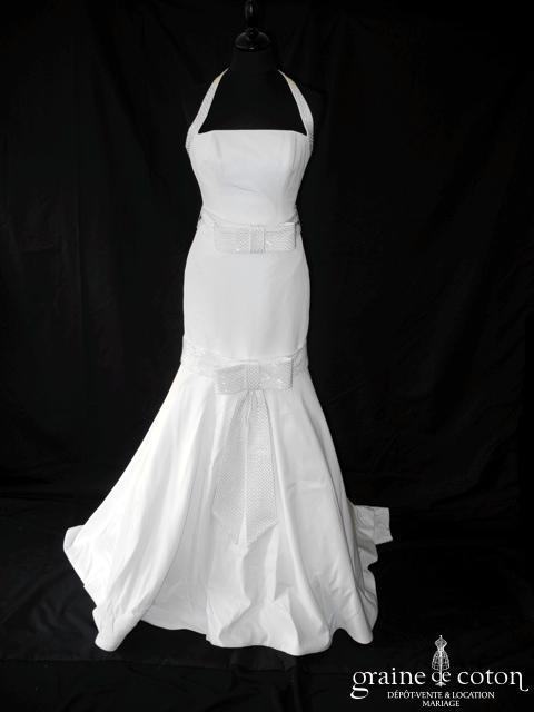 Pronuptia collection Elisabeth Barboza - Mondrian (taffetas blanc sirène taille basse bretelle tour de cou noeuds)
