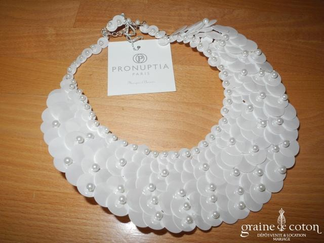 Pronuptia - Collier plastron en paillettes ivoires