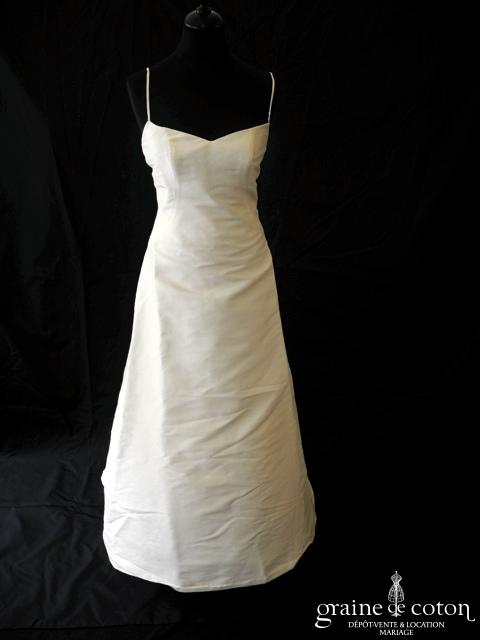 Pronuptia - Avril (soie sauvage bretelle tour de cou)