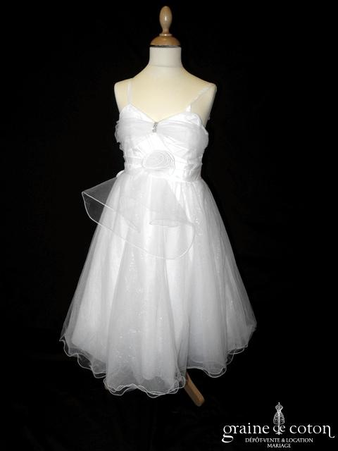 Robe demoiselle d'honneur blanche avec noeud en tulle et strass
