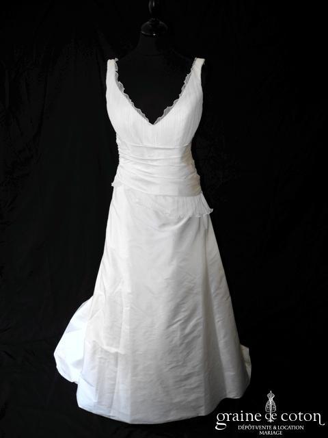 Lambert Créations - Ysatis (tulle plissé soie sauvage bretelles V dos boutonné)