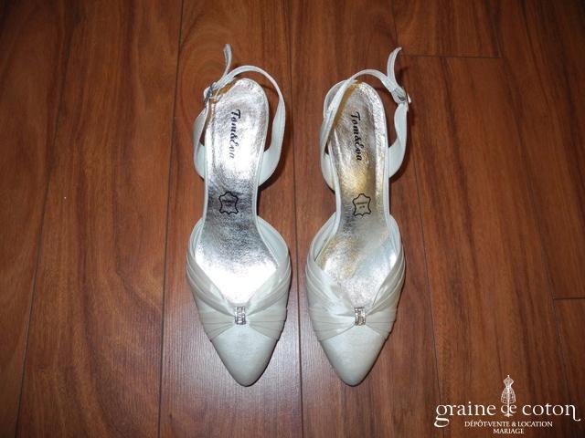 Tom & Eva - Escarpins (chaussures) en satin ivoire