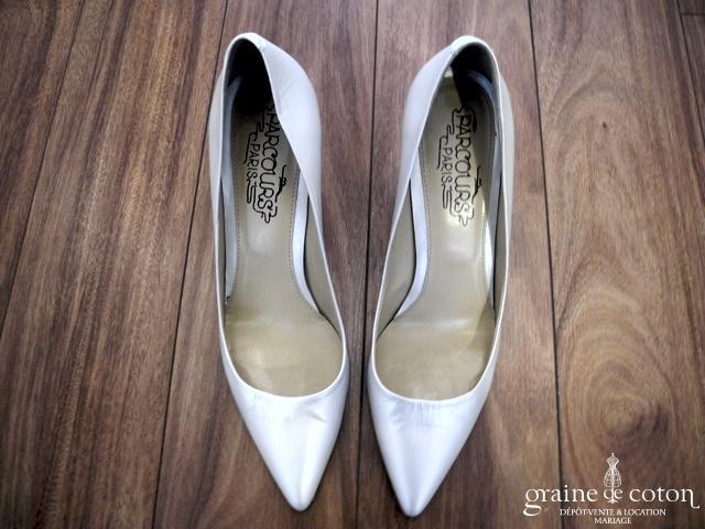 Parcours Paris - Escarpins (chaussures) en cuir ivoire nacré