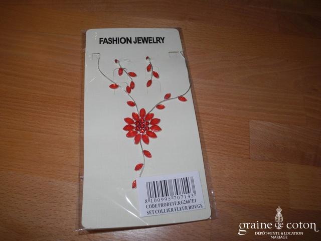 Parure (collier) argentée avec fleur en verre rouge