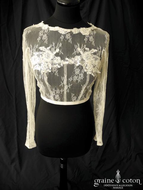 Cymbeline - Boléro en dentelle de Calais ivoire lacé dans le dos, manches longues