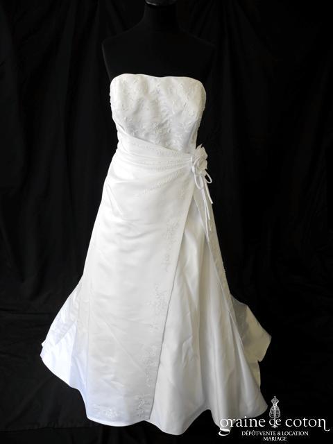 Miss Kelly - Robe en satin drapé blanc (laçage)