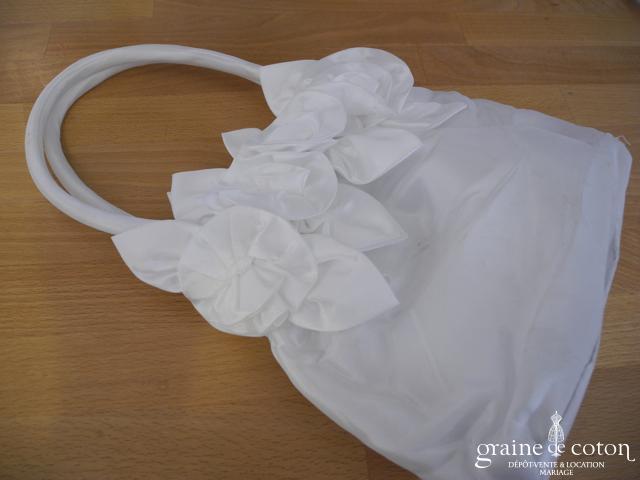 Petit sac en satin blanc enfant
