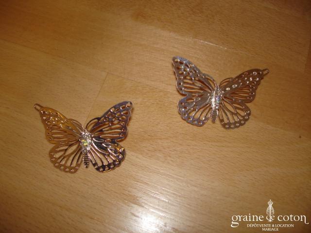 Papillons couleur argent, avec strass - Lot de 2