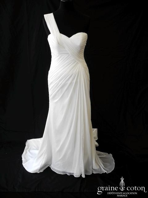 Pronovias - Paris (mousseline fluide bretelles drapé empire coeur)