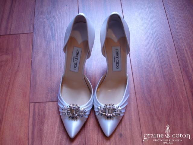 Jimmy Choo - Escarpins (chaussures) recouverts de soie ivoire clair