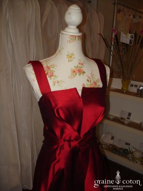 Max Mara - Robe rouge en soie (non stocké en boutique, essayage sur demande)