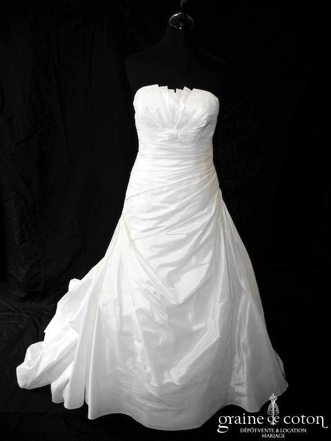 Pronovias - Géraldine (taffetas drapé plissé taille basse empire dos boutonné coeur bustier)