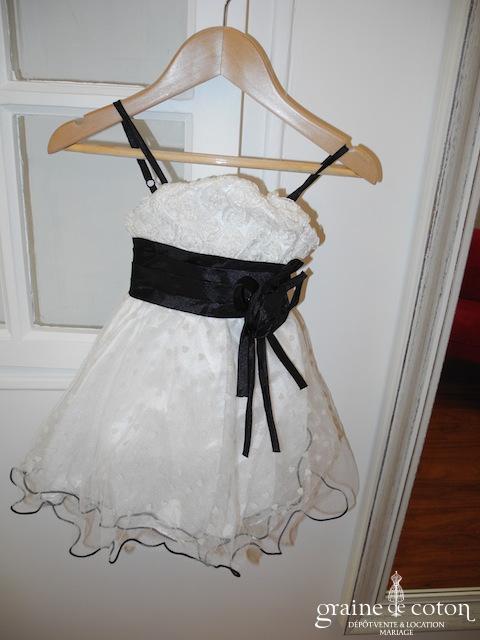 Robe demoiselle d'honneur avec bustier roses en organza et jupe en tulle plumetis blanche et noire