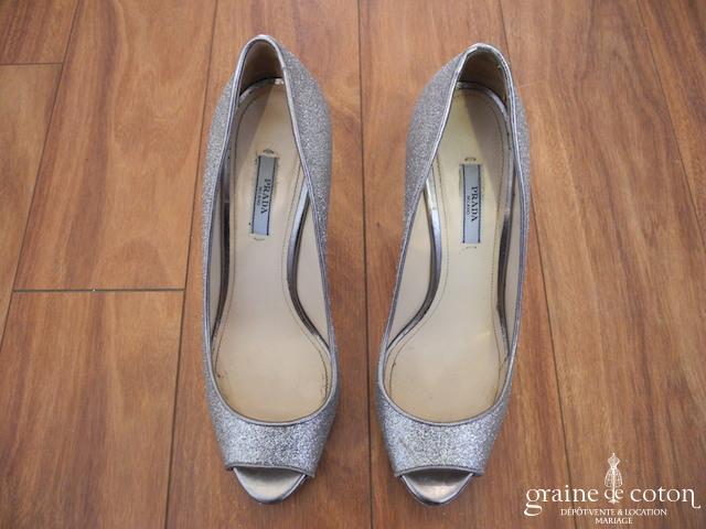 Prada - Escarpins (chaussures) en paillettes argentées