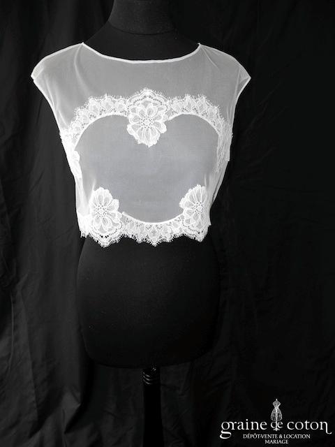Bianco Evento - Boléro mi long en tulle en fine dentelle ivoire boutonné dans le dos (E186)