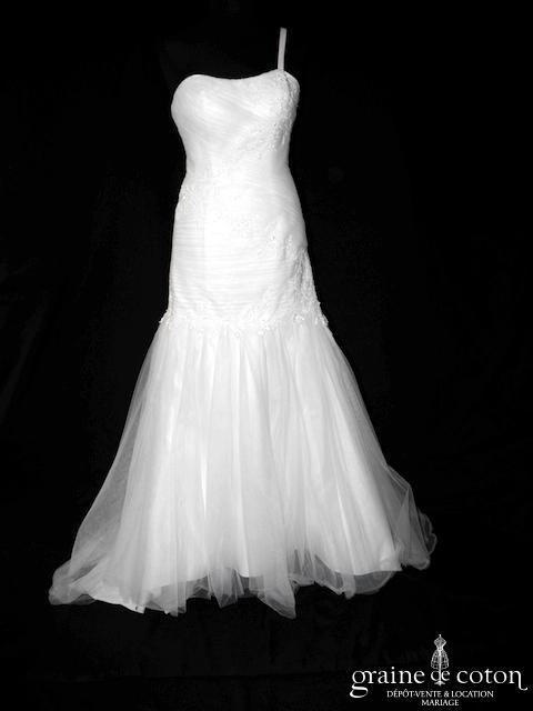 Orea Sposa - Modèle L649 (coeur taille basse dentelle tulle fluide drapée laçage bretelles)