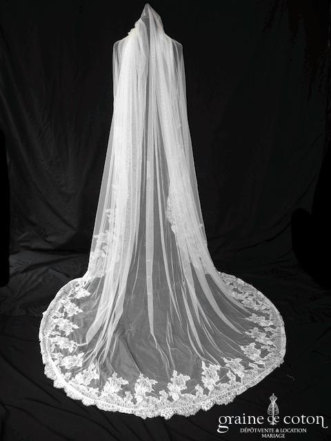 Pronovias - Voile long en tulle de soie ivoire de 2,50 mètres bordé de dentelle