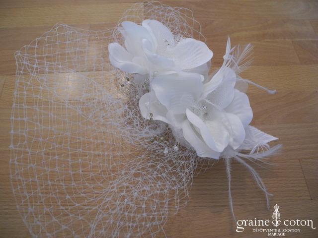 Bianco Evento - Bibi / coiffe / voilette fleurs en tissu sisal et strass (9483)