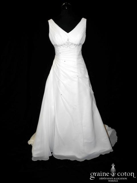 White One pour Pronovias - Tentacion (fluide mousseline drapé bretelles laçage empire decolleté-V)