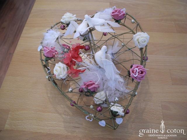 Cage dorée forme coeur