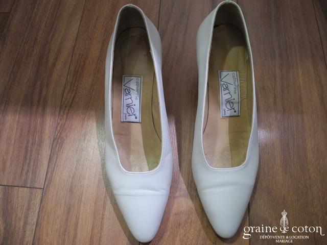 Catherine Varnier - Escarpins (chaussures) en cuir ivoire