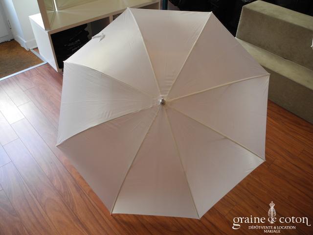 Parapluie blanc