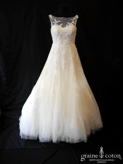 La Sposa (Pronovias) - Elina (tulle dentelle coeur fluide bretelles dos boutonné princesse taille basse A-line dos-nu plumetis), jupon inclus
