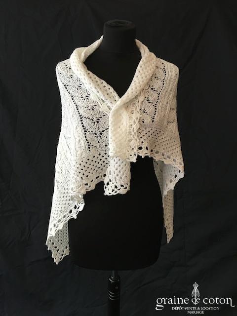 Écharpe / châle en laine blanche - tricoté main