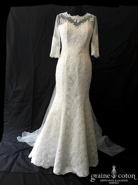 Création - Robe sirène en tulle et dentelle avec manches longues (dos boutonné blanche dos-nu)