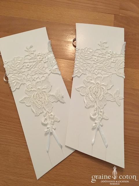 Bianco Evento - Mitaines courtes en dentelle fleurs ivoires