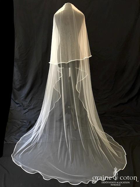 Bianco Evento - Voile double long de 220 cm en soft tulle ivoire bordé de satin (S208)